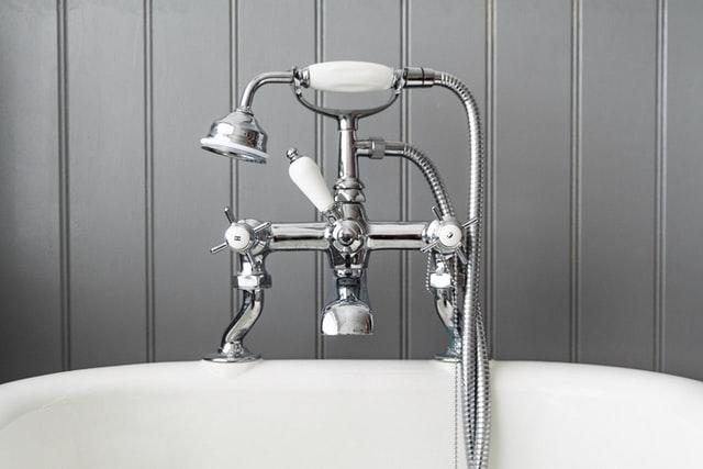Bath room tap